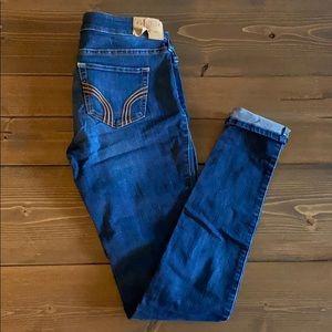 Hollister stretch skinny jeans size 5 long